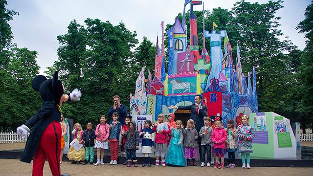 Disneyland Paris créé un château à partir de dessins d'enfants
